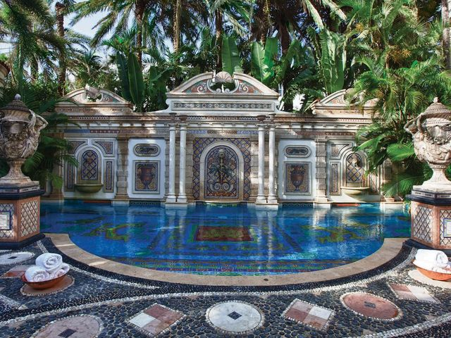 History Of Versace Mansion A Historical Look At The Versace Mansion