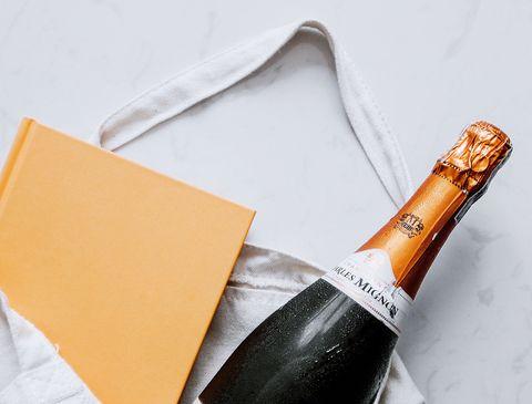 Bottle, Wine bottle, Drink, Glass bottle, Wine, Alcoholic beverage, Champagne, Label, Alcohol, Sparkling wine,