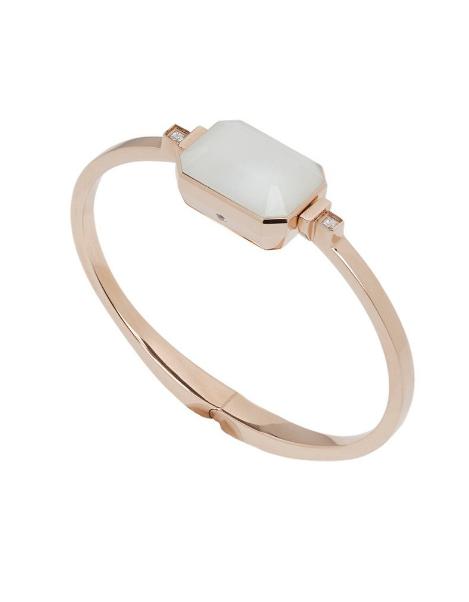 Jewellery, Fashion accessory, Ring, Beige, Bracelet, Metal, Bangle, Gemstone, Turquoise, Gold,