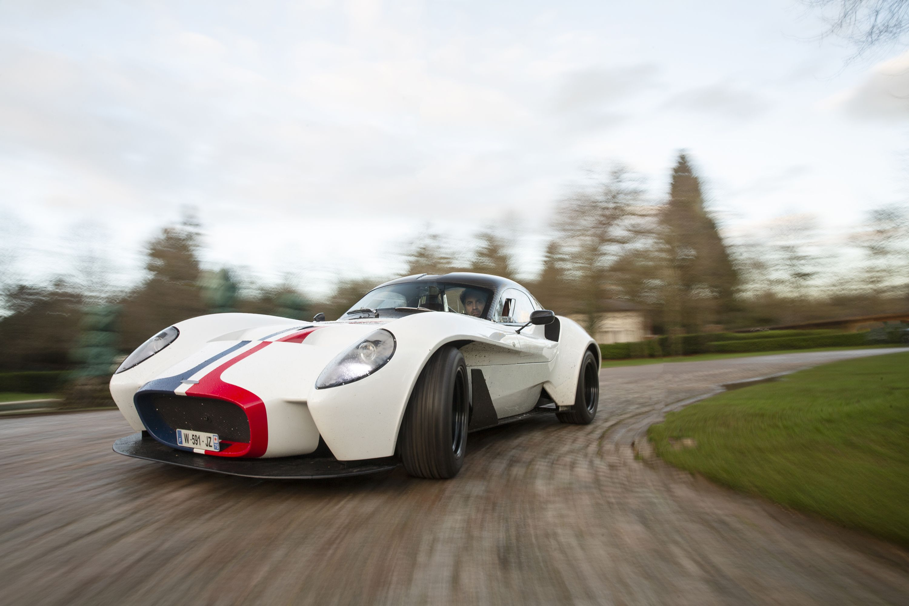 The Jannarelly Design-1 Is a Bare-Bones Throwback Sports Car That Works