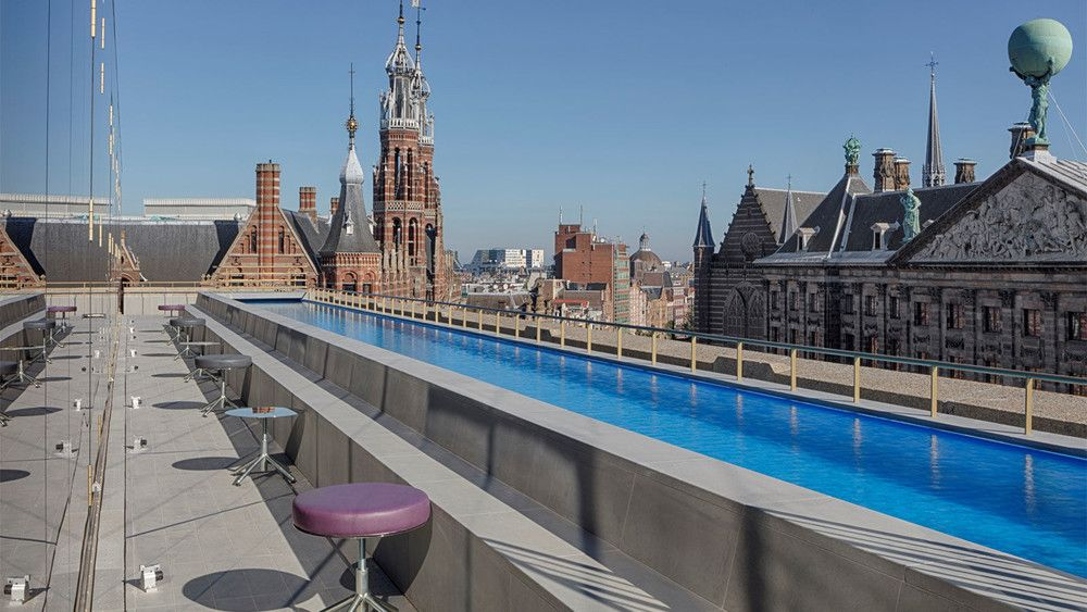 Dit zijn de mooiste en leukste buitenzwembaden in nederland voor