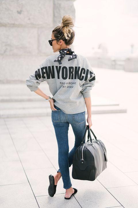 18f05ba71 Cómo vestir (con estilo) para viajar según las que más viajan  las ...