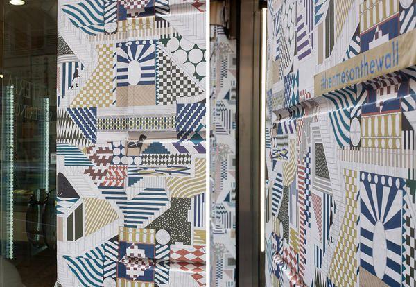 Carte da parati moderne di hermès al fuorisalone