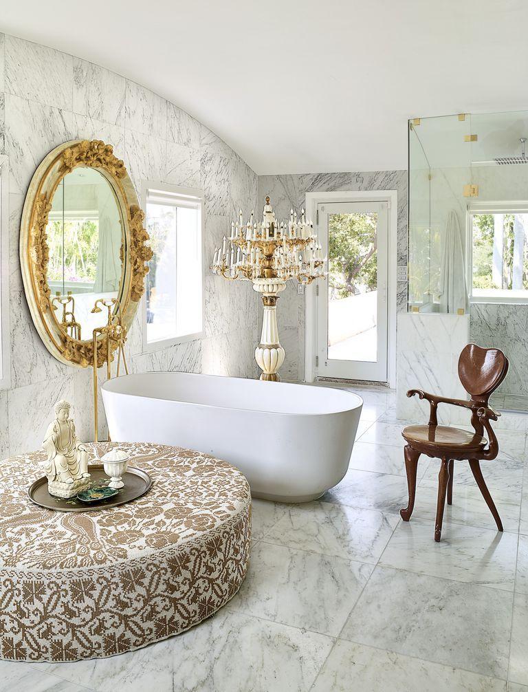 How to design master bathroom