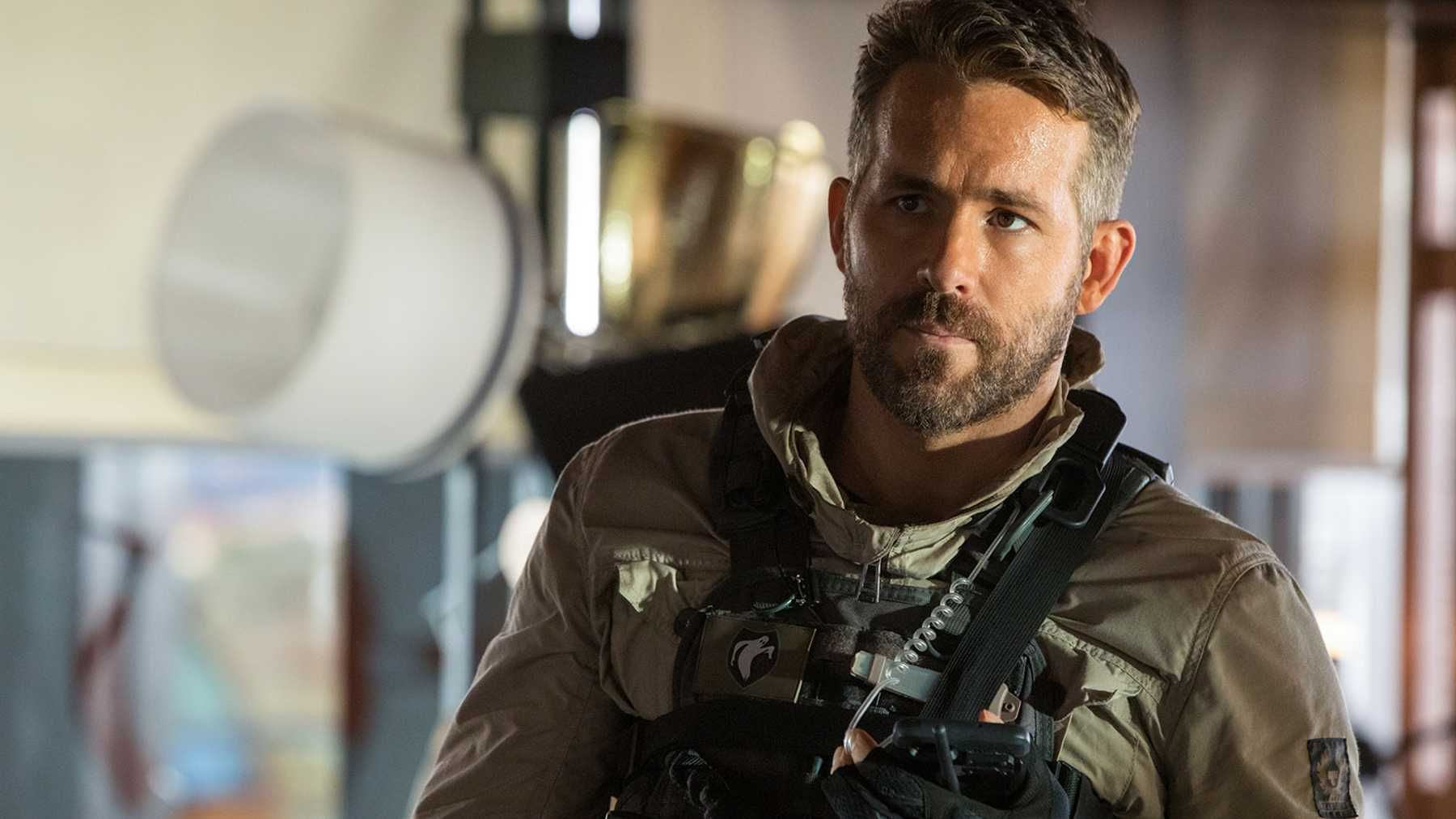 Ryan Reynolds' New Movie 6 Underground Includes a Pretty Great Goof