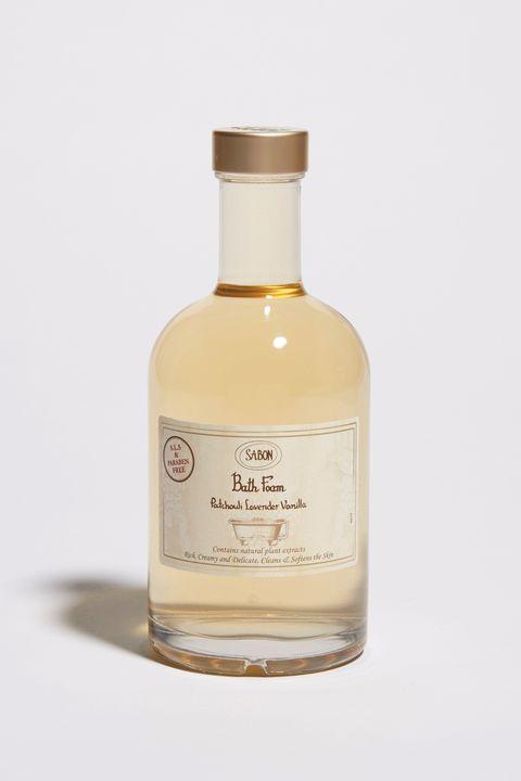 Liqueur, Drink, Glass bottle, Bottle, Product, Distilled beverage, Alcoholic beverage, Liquid, Alcohol,