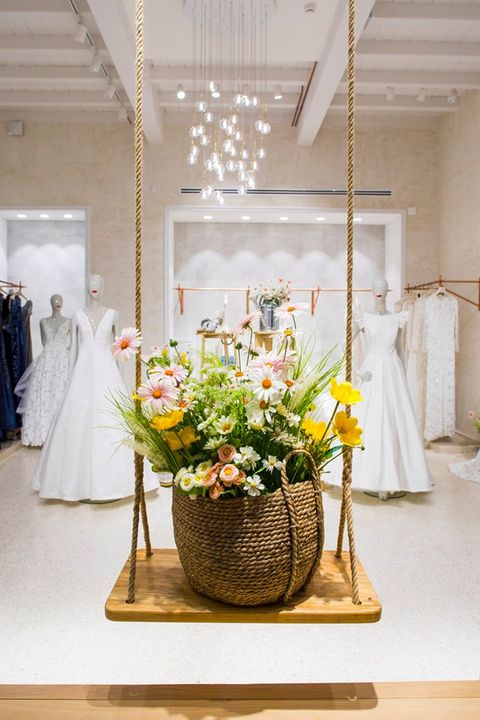 White, Photograph, Green, Yellow, Floristry, Floral design, Flower Arranging, Interior design, Flower, Room,