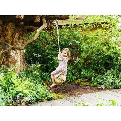 凱特王妃和威廉王子日前在官方IG 發布一系列全家開心在雀兒喜花展(RHS Chelsea Flower Show)所拍攝的照片和影片