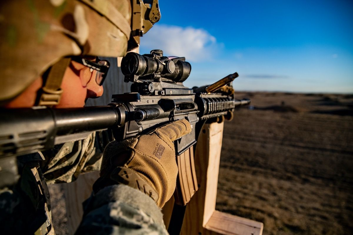 The U.S. Army Is Testing a 'Guaranteed Hit' Smart Scope For Its Rifles