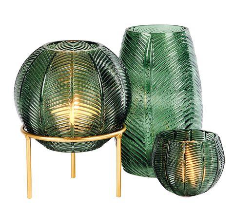 Floreros y portavelas de cristal verdes