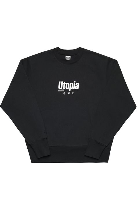 Clothing, Black, T-shirt, Sleeve, Product, Top, Shirt, Outerwear, Crop top, Sweater,