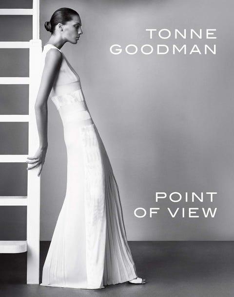 Gown, Dress, Clothing, Fashion model, Wedding dress, Shoulder, Photograph, Bridal party dress, Formal wear, Bridal clothing,