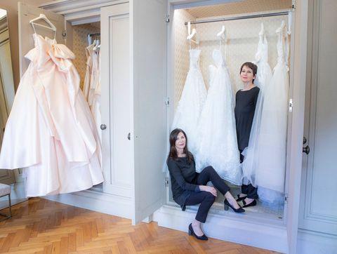 online store 5d1cc 9b2d3 Cercasi commessa di abiti da sposa. Esperta di pizzi e ...