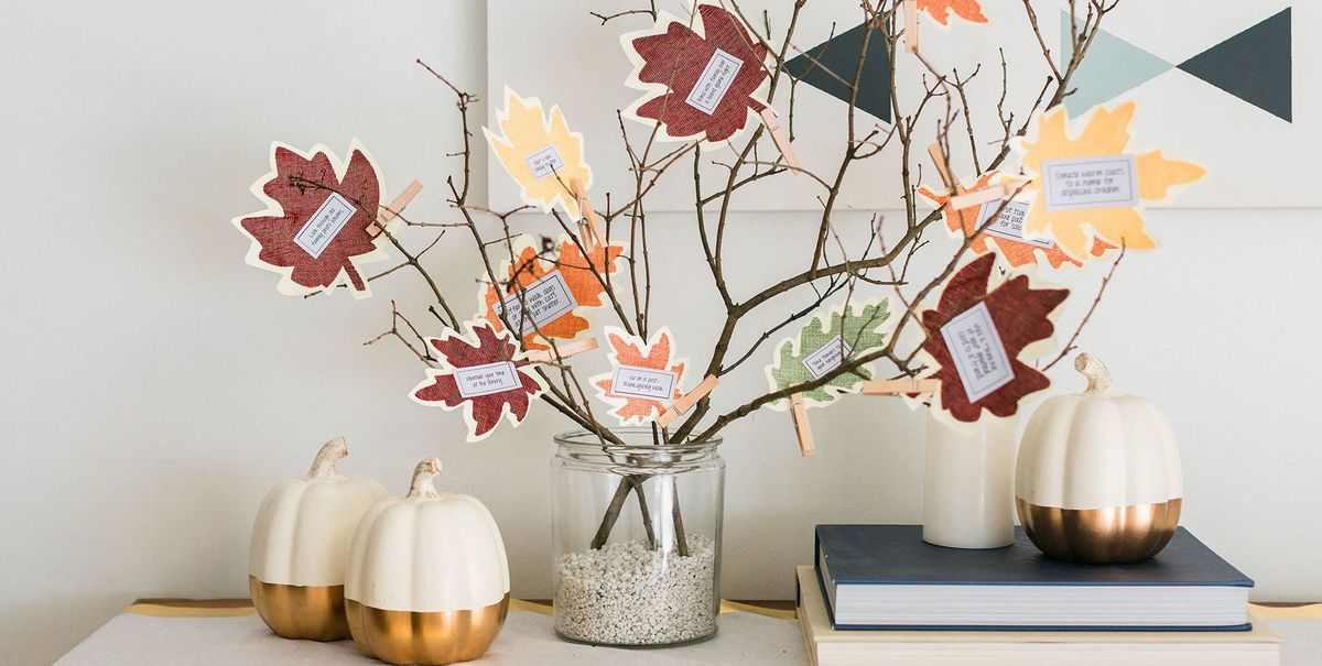 A DIY Thankful Tree Is Just the Seasonal Decor Piece You Need for Thanksgiving