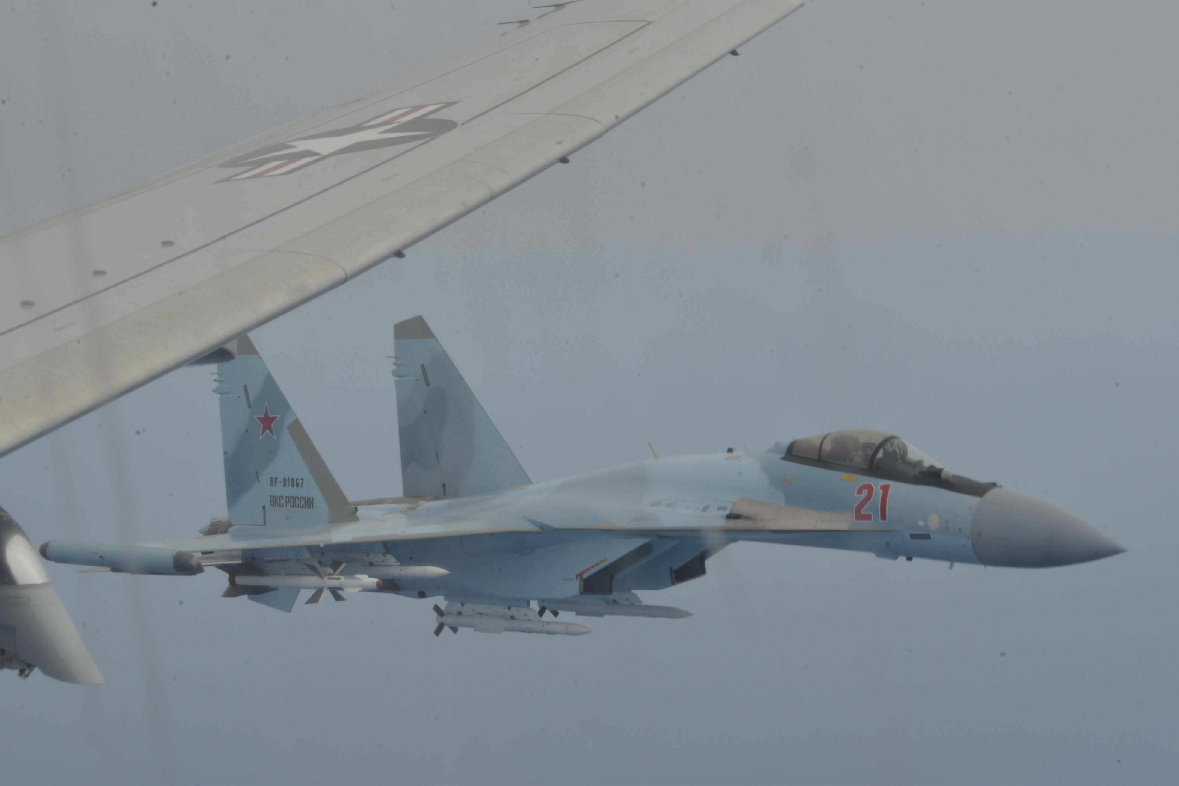 Watch Armed Russian Fighters Dangerously Buzz a U.S. Navy Patrol Jet