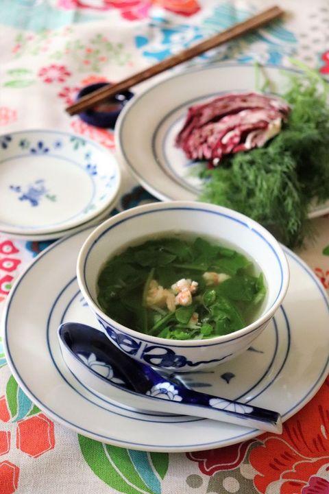 Dish, Food, Cuisine, Ingredient, Soup, Produce, Recipe, Vegetarian food, Leaf vegetable, Sorrel soup,