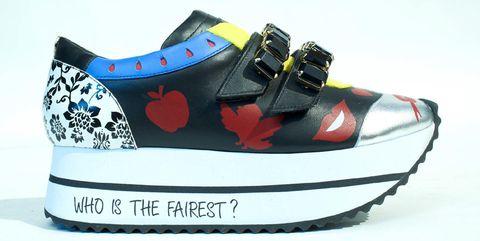 Footwear, Shoe, Sneakers, Walking shoe, Athletic shoe, Outdoor shoe, Sportswear,