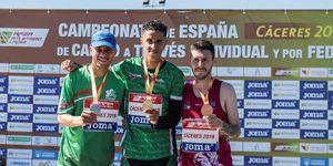 Ouassim Oumaizcon el oro del Campeonato de España de cross