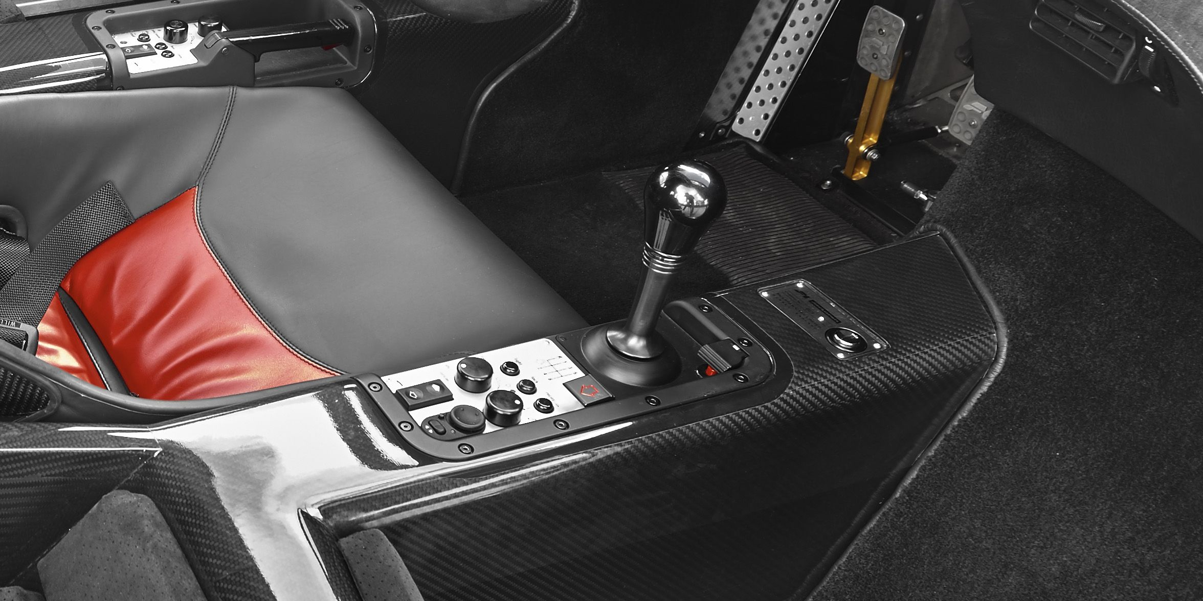 even the mclaren f1's gearbox has an amazing story