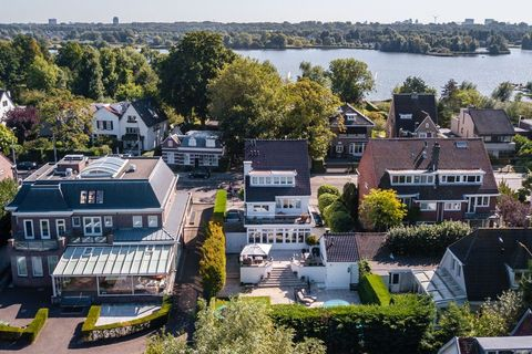 Aerial photography, Residential area, Urban area, Roof, Suburb, Town, City, Home, Human settlement, Property,