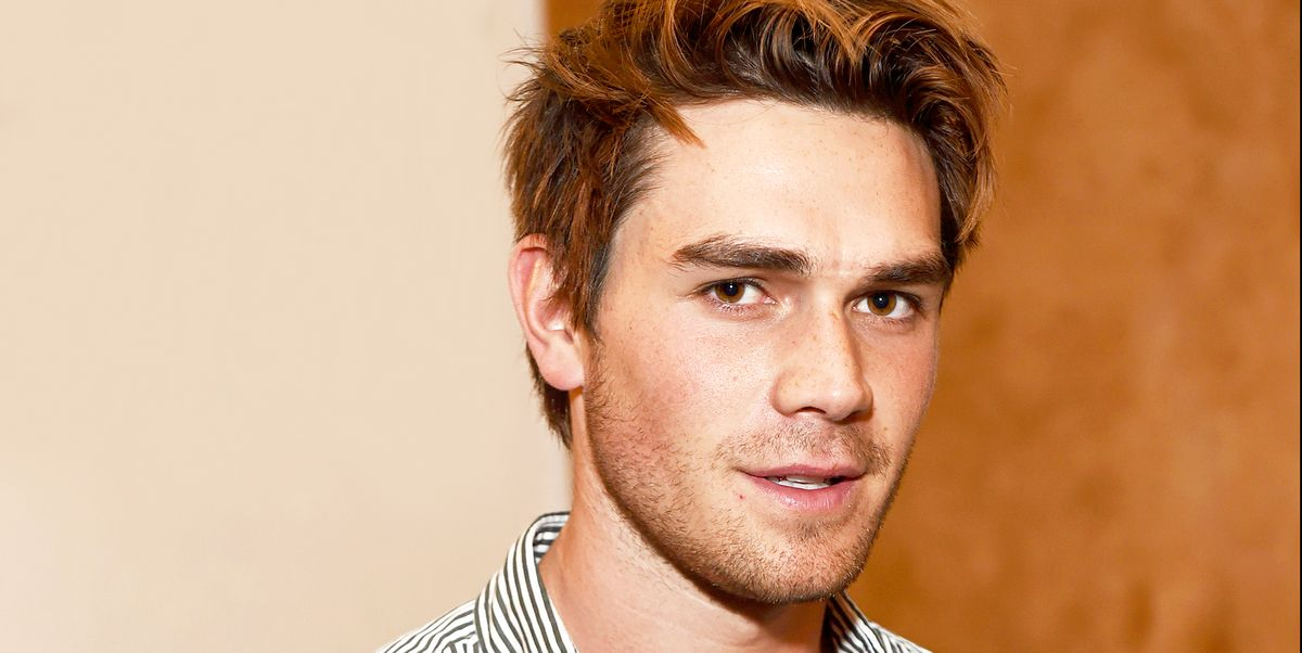 KJ Apa From Riverdale Is Dating Clara Berry - Sources Say