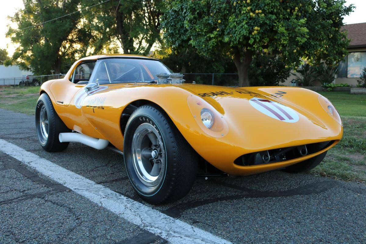 Shock Your Cobra-Driving Buddies With a Bill Thomas Cheetah