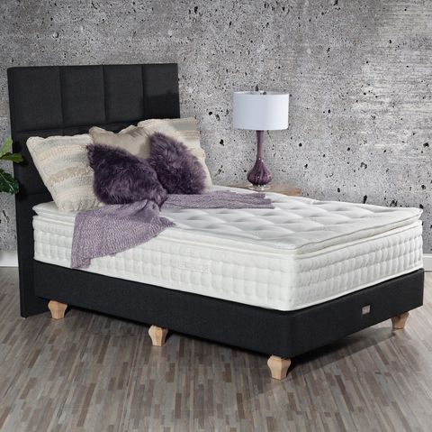 Bed, Furniture, Mattress, Bed frame, Bedroom, Box-spring, Room, Interior design, Floor, Comfort,