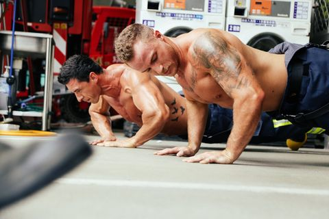 Muscle, Arm, Barechested, Physical fitness, Shoulder, Press up, Fitness professional, Chest, Exercise, Bodybuilding,