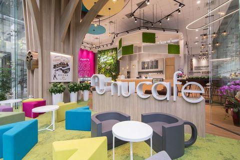 Interior design, Room, Building, Furniture, Restaurant, Table, Design, Architecture, House, Ceiling,
