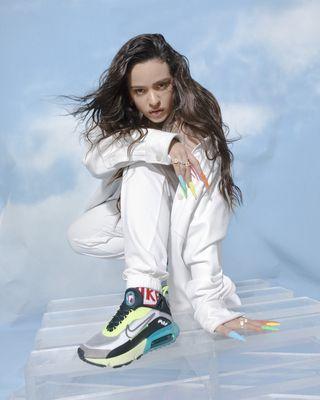 En detalle Volverse Tres  Las zapatillas Nike que no paran de agotarse (por culpa de Rosalía)