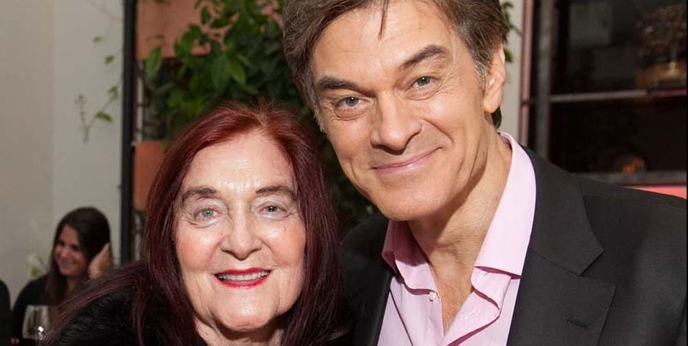 Dr. Oz Says He Missed the Signs of His Mother's Alzheimer's Diagnosis