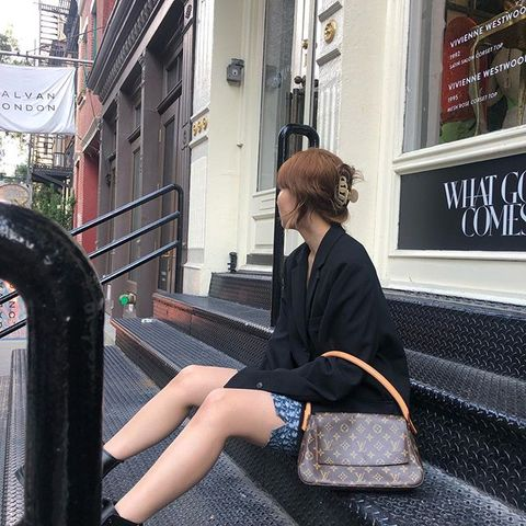 太妍、jennie通通搶著綁!韓妞圈中最夯髮夾登場「丸子頭、浪漫低馬尾」3分鐘通通搞定!