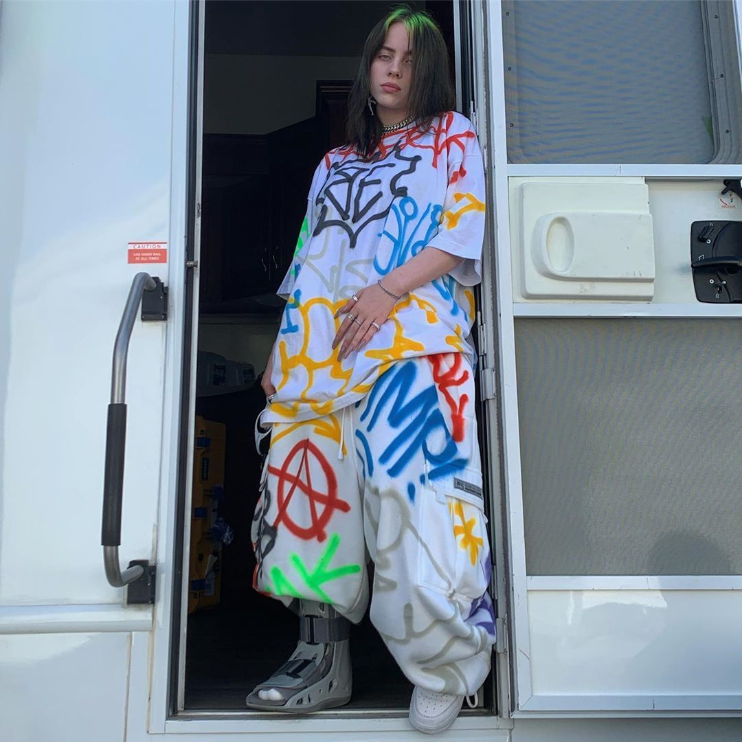Billie Eilish Doesn T Want People Telling Her To Dress Normal