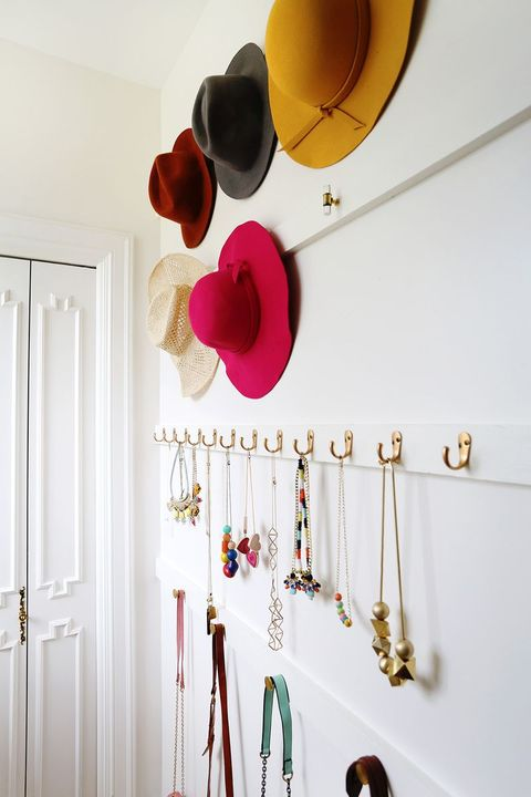 Hanging accessories