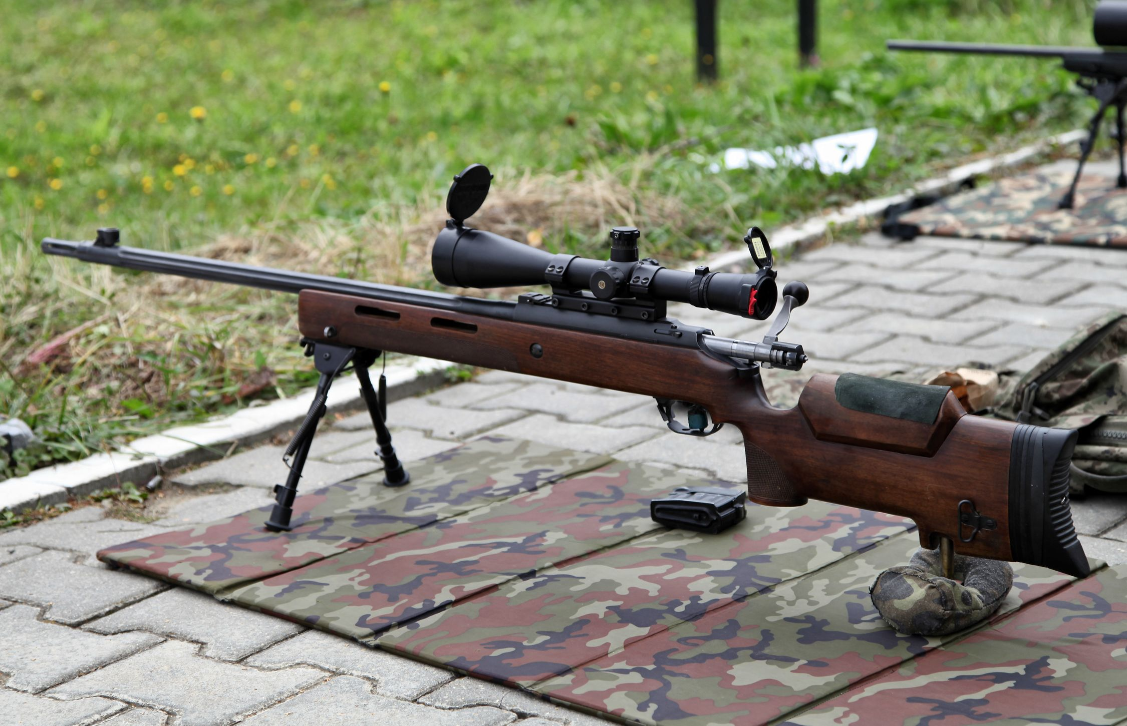 The Science of Russia's New Silent Sniper Rifle