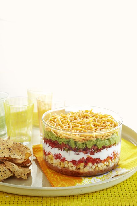 best-tailgate-food - 5-minute-7-layer-dip
