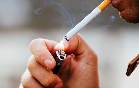 men die from smoking cigarettes