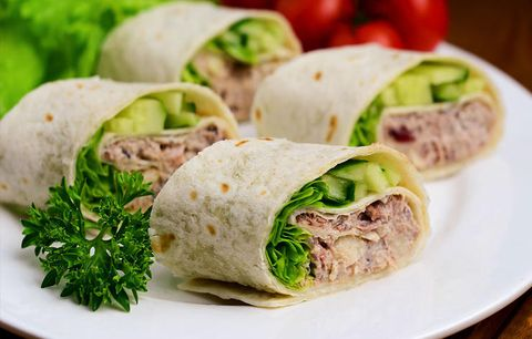 TUNA WRAPS WITH PESTO AND TOMATO