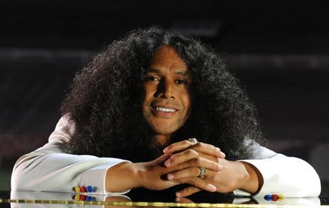 Troy Polamalu's 4 Steps To Growing Out Your Hair