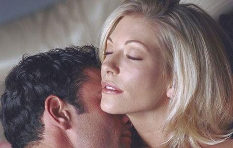 5 Sensual Touching Tricks to Turn Her On