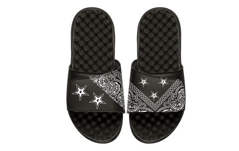 3ae37e881b82 Slides Are Officially the Only Sandals Men Can Wear On the Street ...