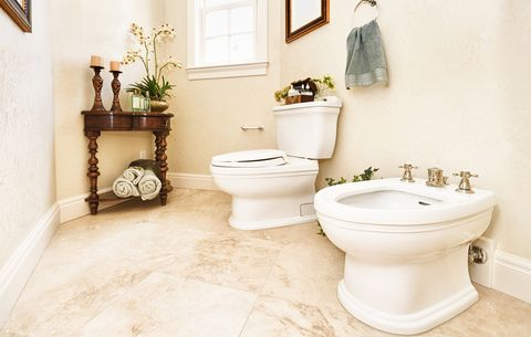 Wiping Your Butt After Pooping: 5 Things to Know | Men's Health