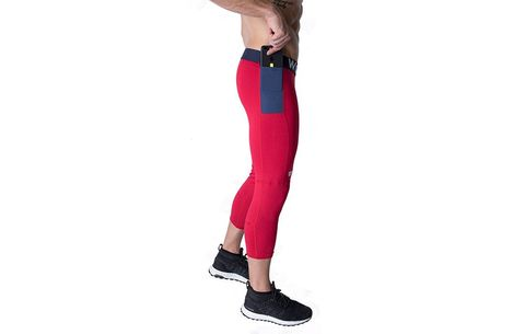 8ba9434323 10 Pieces of Workout Gear That'll Make Sure You Never Drop Your Phone Again