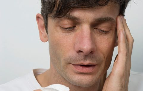 4 Sneaky Signs a Sinus Infection Is Brewing