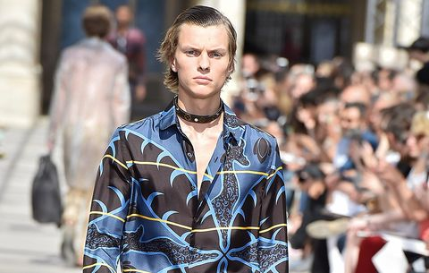 6f7eb7d3766 Worst Fashion Trends of 2017   Men's Health