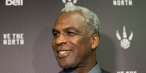 charles oakley kicked out