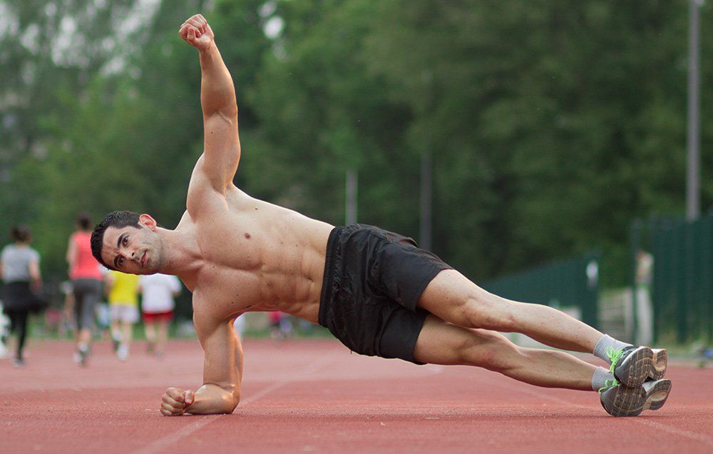 4 Isometric Exercises That Build Big Muscle