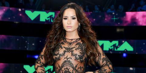 Demi Lovato VMAs nipple