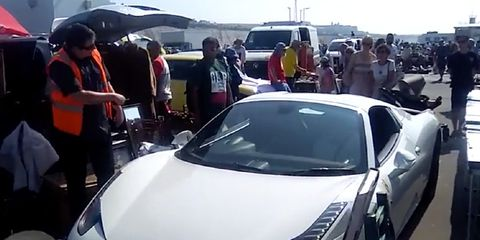 ferrari owner shows why respect no parking signs