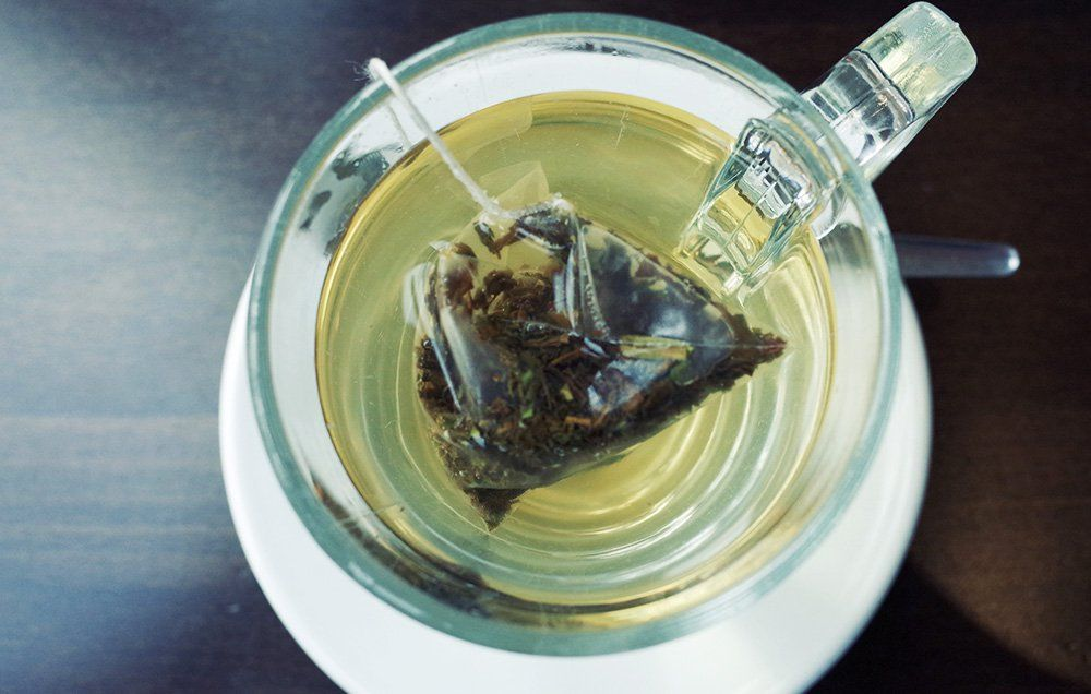 How Green Tea Can Help Soothe Your Painful, Sensitive Teeth